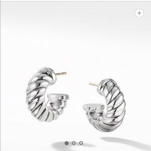 7ddb907b7 David Yurman Classic Hoop Earrings- like new